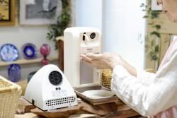 自動手指洗浄消毒器と自動手指熱風消毒機